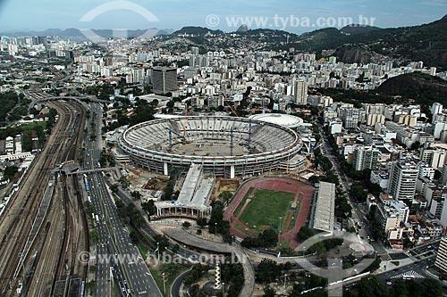 Reforma do Estádio Jornalista Mário Filho também conhecido como Maracanã para a Copa do Mundo de 2014 - Estádio de Atletismo Célio de Barros à direita e Estação Maracanã e avenida Presidente Castelo Branco à esquerda  - Rio de Janeiro - Rio de Janeiro - Brasil