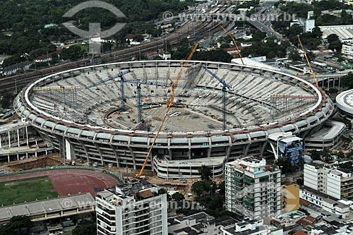 Reforma do Estádio Jornalista Mário Filho também conhecido como Maracanã para a Copa do Mundo de 2014 - Estádio de Atletismo Célio de Barros à esquerda e avenida Presidente Castelo Branco ao fundo  - Rio de Janeiro - Rio de Janeiro - Brasil