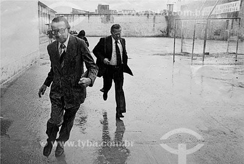 Assunto: Senador Teotônio Brandão Vilela (1917 - 1983) visita presos políticos na Penitenciária Frei Caneca / Local: Estácio - Rio de Janeiro (RJ) - Brasil / Data: 1979