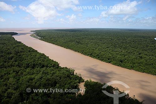 Assunto: Canal do Rio Araguari / Local: Amapá (AP) - Brasil / Data: 05/2012