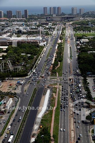 Assunto: Vista da Avenida das Américas com Cidade da Música ao fundo / Local: Barra da Tijuca - Rio de Janeiro (RJ) - Brasil / Data: 12/2012