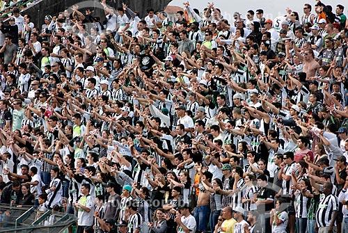 Assunto: Torcedores do Figueirense Futebol Clube - Figueirense x Bahia - Campeonato Brasileiro 2011 / Local: Florianópolis - Santa Catarina (SC) - Brasil / Data: 10/2011