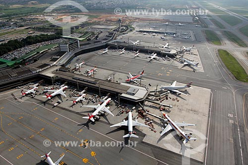 Assunto: Aeroporto Internacional Governador André Franco Montoro (Aeroporto de Cumbica) / Local: Guarulhos - São Paulo (SP) - Brasil / Data: 10/2012