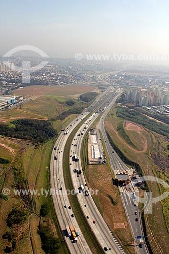 Assunto: Rodoanel Metropolitano de São Paulo (SP-21) ou Rodoanel Mario Covas / Local: Carapicuíba - São Paulo (SP) - Brasil / Data: 09/2012