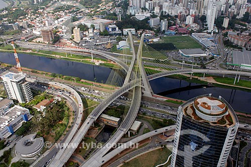 Assunto: Ponte estaiada Octávio Frias de Oliveira / Local: São Paulo (SP) - Brasil / Data: 11/2012