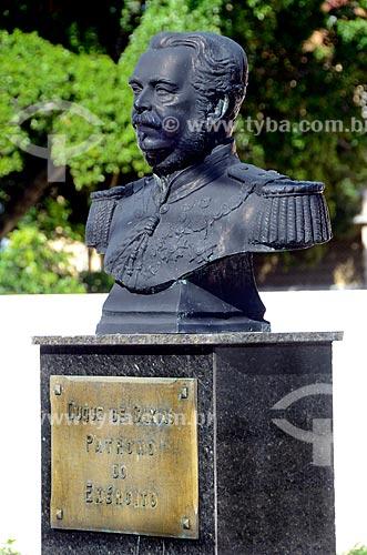 Assunto: Busto de Duque de Caxias - patrono do Exército - na Fortaleza de São João - também conhecida como Fortaleza de São João da Barra do Rio de Janeiro / Local: Urca - Rio de Janeiro (RJ) - Brasil / Data: 08/2012