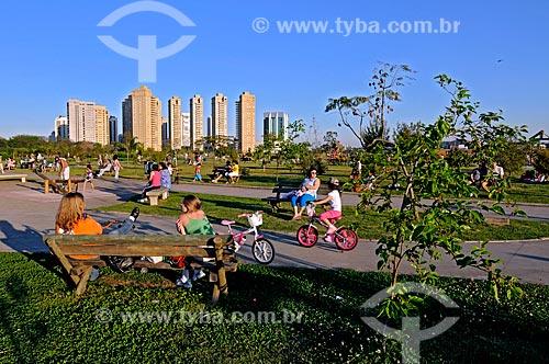 Assunto: Pessoas no Parque Villa-Lobos / Local: Alto dos Pinheiros - São Paulo (SP) - Brasil / Data: 08/2009