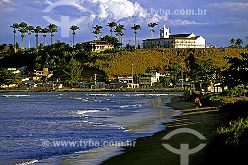 Assunto: Vista da Igreja dos Reis Magos / Local: Distrito de Nova Almeida - Serra - Espírito Santo (ES) - Brasil / Data: 1988