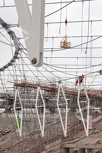 Assunto: Reforma do Estádio Jornalista Mário Filho - também conhecido como Maracanã - içamento dos cabos que darão sustentação à cobertura do estádio / Local: Maracanã - Rio de Janeiro (RJ) - Brasil / Data: 01/2013