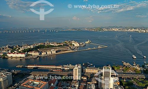 Assunto: Vista aérea da Ilha das Cobras e da Ilha Fiscal / Local: Rio de Janeiro (RJ) - Brasil / Data: 12/2012