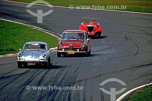 Assunto: Corrida de carros antigos (Super Classic) no Autódromo José Carlos Pace conhecido como Autódromo de Interlagos / Local: Interlagos  - São Paulo (SP) - Brasil / Data: 1986
