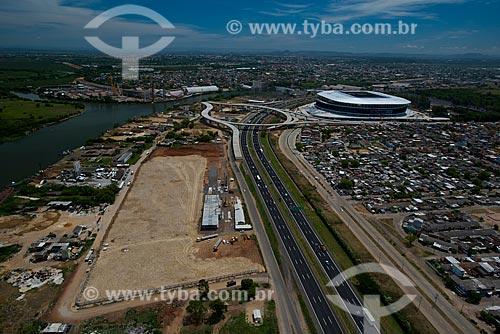 Assunto: Vista aérea da Estrada Marechal Osório com a Arena do Grêmio (2012) ao fundo / Local: Humaitá - Porto Alegre - Rio Grande do Sul (RS) - Brasil / Data: 12/2012