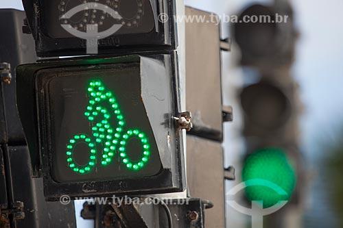 Assunto: Semáforo em rua da Praia de Boa Viagem / Local: Boa Viagem - Recife - Pernambuco (PE) - Brasil / Data: 01/2013