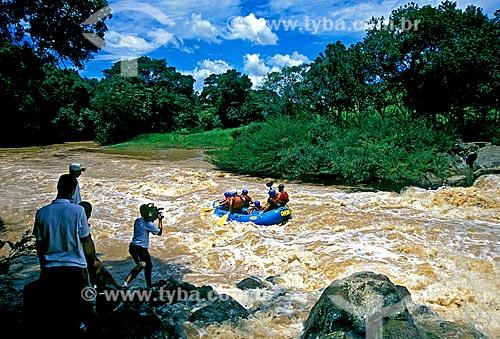 Assunto: Prática de rafting no Rio do Peixe / Local: Socorro - São Paulo (SP) - Brasil / Data: 2002
