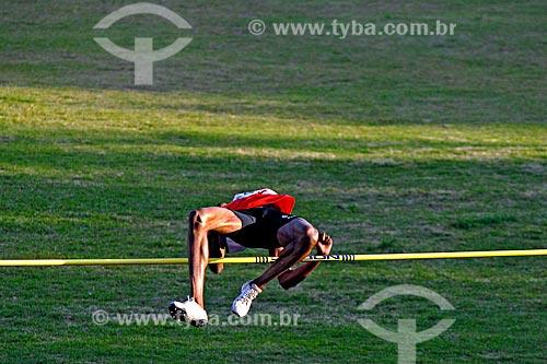 Assunto: Atleta na Competição Troféu Brasil de Atletismo de salto com Vara / Local: São Paulo (SP) - Brasil / Data: 06/2007