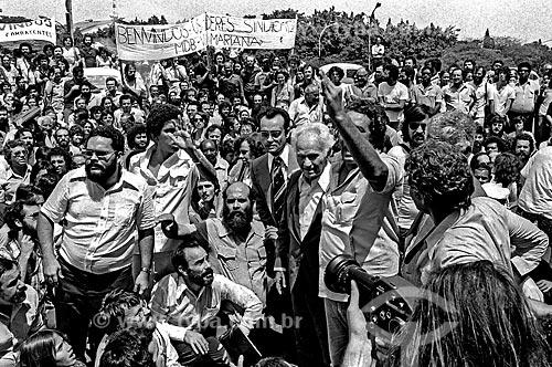 Assunto: Retorno ao Brasil do político Gregório Bezerra anistiado em 1979 / Local: Vila Congonhas - São Paulo (SP) - Brasil / Data: 1979