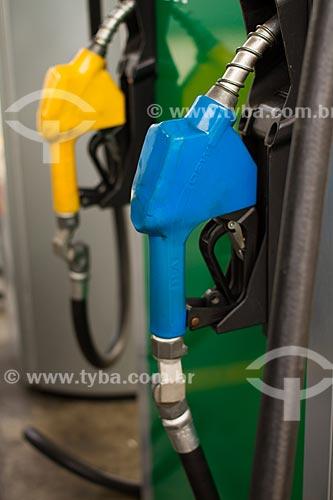 Assunto: Bomba de gasolina / Local:  / Data: 02/2013