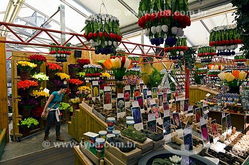 Assunto: Mercado de flores (Bloemenmarkt) de Amsterdam - fundado em 1862 possui instalações flutuantes / Local: Amsterdam - Holanda - Europa / Data: 05/2012