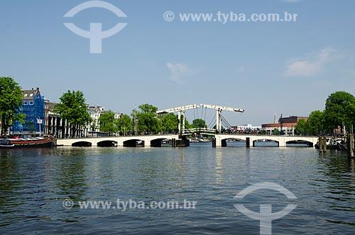 Assunto: Ponte Magere Brug - ponte estreita - 1670 / Local: Amsterdam - Holanda - Europa / Data: 05/2012