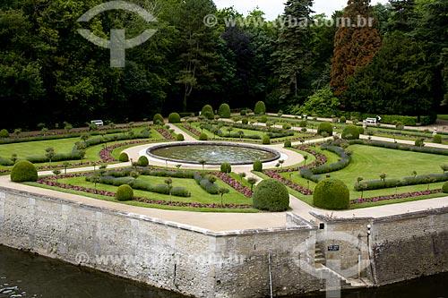 Assunto: Jardim de Catherine de Médicis no Château de Chenonceau (Castelo de Chenonceau) - também conhecido como Castelo das Sete Damas / Local: Indre-et-Loire - França - Europa / Data: 06/2012
