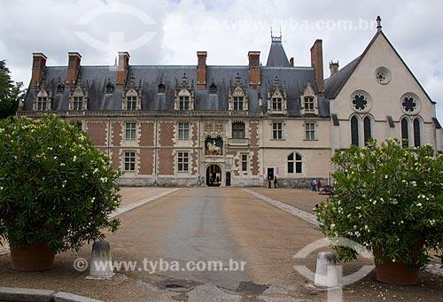 Assunto: Château Royal de Blois (Castelo Real de Blois) - fachada da ala Luis XII - capela à direita / Local: Blois - França - Europa / Data: 06/2012