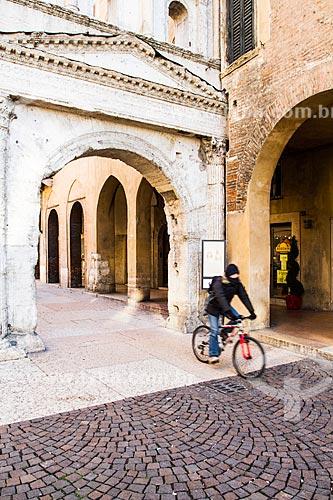Assunto: Porta Borsari, um antigo portão romano construído no 1º século da Era Cristã / Local: Verona - Itália - Europa / Data: 12/2012