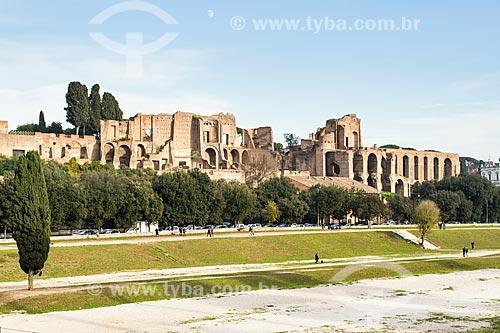 Assunto: Circo Máximo (Circo Massimo) e Domus Augustana ao fundo. O Circo Máximo foi o primeiro e maior estádio para corridas de bigas e outros eventos construído pelos antigos romanos / Local: Roma - Itália - Europa / Data: 12/2012