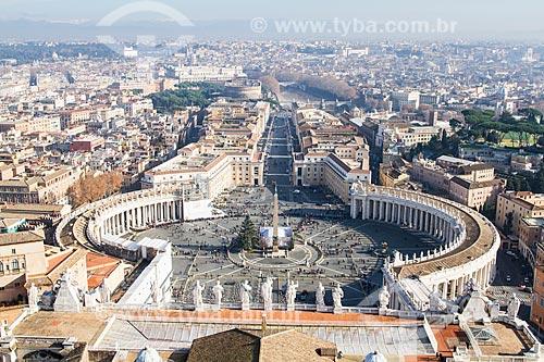 Assunto: Vista da Praça de São Pedro a partir do Domo da Basílica de São Pedro / Local: Cidade do Vaticano - Roma - Itália - Europa / Data: 12/2012