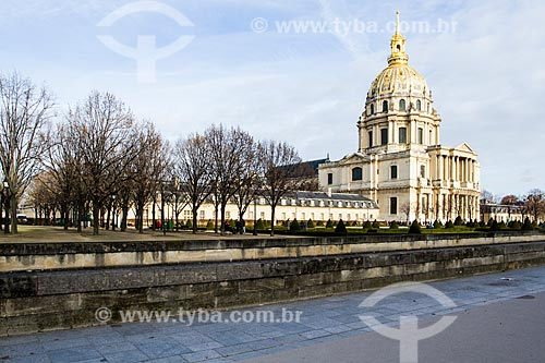 Assunto: Catedral de Saint-Louis-des-Invalides no Palace des Invalides - foi construído para dar abrigo aos inválidos dos exércitos de Luís XIV - onde está sepultado Napoleão Bonaparte / Local: Paris - França - Europa / Data: 12/2012
