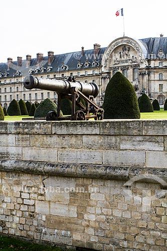 Assunto: Canhão no Musée historique de lArmée (Museu histórico do Exército) / Local: Paris - França - Europa / Data: 12/2012