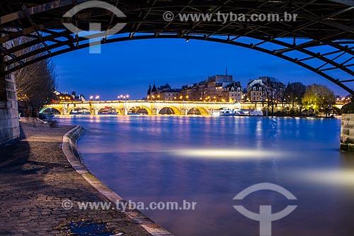 Assunto: Pont Neuf (Ponte Nova) - 1607 - vista da Pont des Arts (Ponte das Artes) / Local: Paris - França - Europa / Data: 12/2012