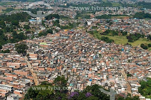 Casas no Bairro Cantinho do Céu às margens da Billings - comunidade inserida no projeto de reurbanização e remoção de casas em áreas de risco do Programa Mananciais   - São Paulo - São Paulo - Brasil