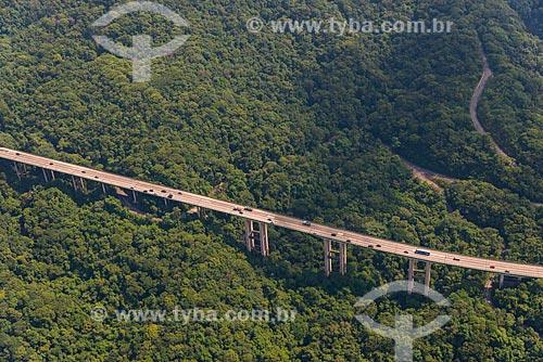 Assunto: Rodovia dos Imigrantes (SP-160) / Local: Cubatão - São Paulo (SP) - Brasil / Data: 02/2013