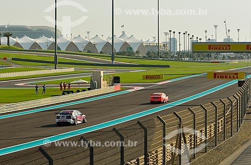 Assunto: Corrida de V8 Supercars no Autódromo de Abu Dhabi (Circuito de Yas Marina) / Local: Ilha Yas - Abu Dhabi - Emirados Árabes Unidos - Ásia / Data: dd/mm/aaaa