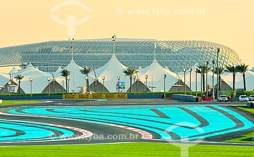 Assunto: Pista e arquibancada do Autódromo de Abu Dhabi (Circuito de Yas Marina) / Local: Ilha Yas - Abu Dhabi - Emirados Árabes Unidos - Ásia / Data: