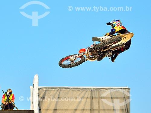 Assunto: Motocross estilo livre durante o Extreme Sports Show / Local: Dubai Marina - Dubai - Emirados Árabes Unidos - Ásia / Data: 12/2012