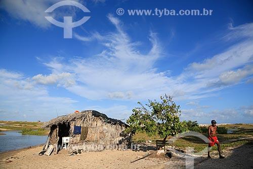 Assunto: Pescador na Barra De Pitimbu / Local: Pitimbu - Paraíba (PB) - Brasil / Data: 01/2013