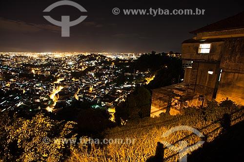 Assunto: Vista da cidade a partir do Morro dos Prazeres / Local: Santa Teresa - Rio de Janeiro (RJ) - Brasil / Data: 11/2012
