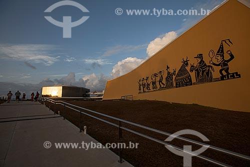 Assunto: Auditório da Estação Cabo Branco e Torre ao fundo (2008) - também conhecida como Estação Ciência, Cultura e Artes / Local: João Pessoa - Paraíba - Brasil / Data: 02/2013