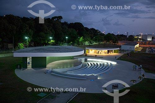 Assunto: Vista do anfiteatro a partir do terraço da Torre Mirante da Estação Cabo Branco (2008) - também conhecida como Estação Ciência, Cultura e Artes / Local: João Pessoa - Paraíba (PB) - Brasil / Data: 02/2013