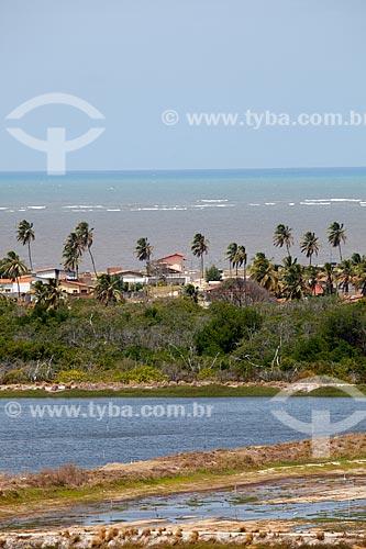 Assunto: Viveiros de camarão com a Praia de Costinha ao fundo / Local: Lucena - Paraíba (PB) - Brasil / Data: 02/2013
