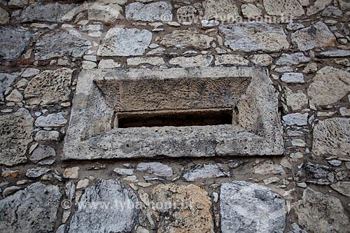 Assunto: Janela da Casa da Pólvora do Forte de Santa Catarina do Cabedelo (1585) - também conhecida como Fortaleza de Santa Catarina / Local: Cabedelo - Paraíba (PB) - Brasil / Data: 02/2013