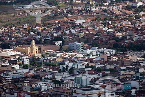 Vista geral da cidade de Guarabira a partir do caminho para o Memorial Frei Damião - também conhecido como Santuário de Frei Damião - com Catedral de Nossa Senhora da Luz à esquerda   - Guarabira - Paraíba - Brasil