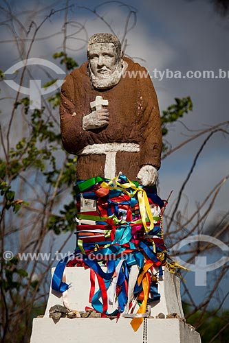 Assunto: Estátua de Frei Damião no Memorial Frei Damião (2004) - também conhecido como Santuário de Frei Damião / Local: Guarabira - Paraíba (PB) - Brasil / Data: 02/2013