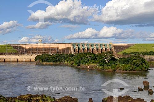 Assunto: Usina hidrelétrica de Marimbondo no Rio Grande, entre os municípios de Fronteira (MG) e Icém (SP)  / Local: Fronteira - Minas Gerais (MG) - Brasil / Data: 02/2013