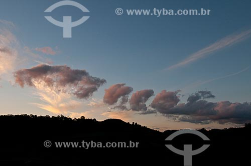 Assunto: Amanhecer no Vale dos Vinhedos / Local: Bento Gonçalves - Rio Grande do Sul (RS) - Brasil / Data: 12/2012