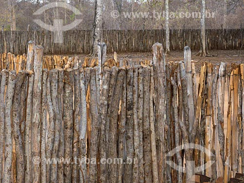 Assunto: Cercas de galhos na Fazenda Não me Deixes - que pertenceu a Rachel de Queiroz / Local: Daniel de Queiróz - Quixadá - Ceará (CE) - Brasil / Data: 04/2013