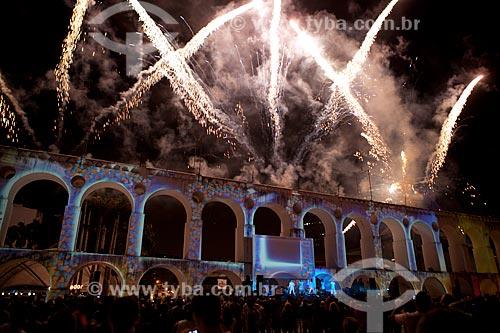 Assunto: Fogos de artifício nos Arcos da Lapa (1750) durante a festa em comemoração aos 50 anos das Loterias da Caixa Econômica Federal / Local: Lapa - Rio de Janeiro (RJ) - Brasil / Data: 09/2012