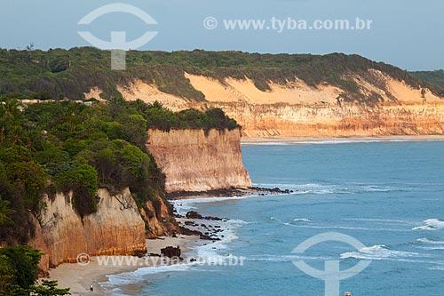 Assunto: Praia do Centro e Baía dos Golfinhos também conhecida como Praia do Curral em segundo plano  / Local: Distrito de Pipa - Tibau do Sul - Rio Grande do Norte  (RN) - Brasil / Data: 03/2013