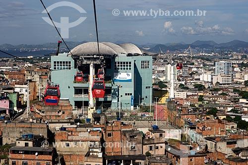 Assunto: Gôndolas do Teleférico do Alemão - operado pela SuperVia -  Estação Baiana ao fundo / Local: Rio de Janeiro (RJ) - Brasil / Data: 03/2013